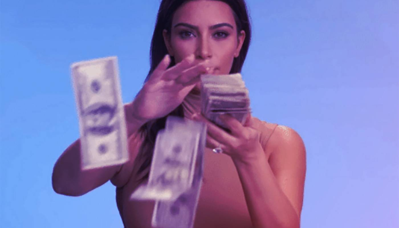 aziona bandi digitalizzazione novembre 2021 kim kardashian soldi gratis